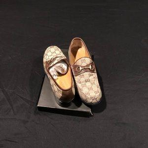 Women's Gucci shoes size 8 & 1/2